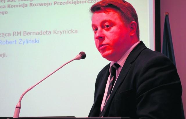 Łomża. Strefa dopiero się rozkręcaPrezes SSSE Robert Żyliński po raz pierwszy był gościem na sesji Rady Miasta i odpowiadał na pytania łomżyńskich radnych