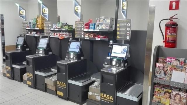 W których białostockich Biedronkach można zrobić zakupy w samoobsługowej kasie?