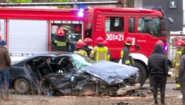 Wypadek z udziałem policjanta na ulicy Towarowej w Białymstoku