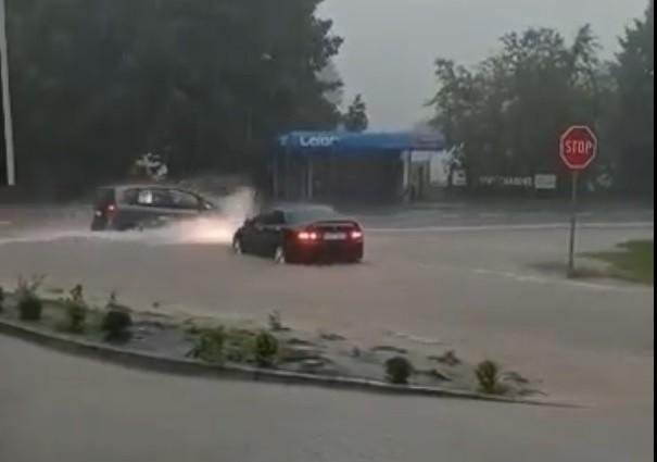 W gminie Czchów zalanych i podtopionych zostało wiele dróg, budynków i posesji