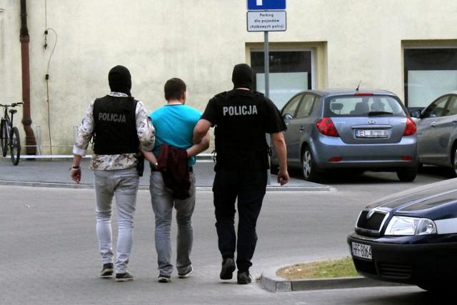 33-latek zatrzymany za nakłanianie dziewczynki do czynności seksualnych