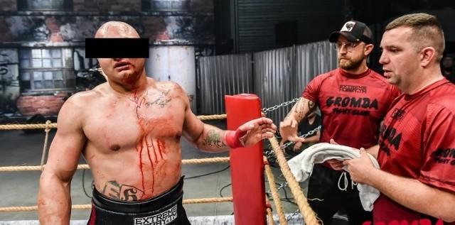 """Krystian K. """"Tyson"""" w piątkowy wieczór przegrał finałową walkę o tytułu mistrza GROMDY - walk na gołe pięści. Przywódcę elanowców pokonał przez nokaut Mateusz Kubiszyn. Przegrany torunianin nie pokazał klasy.>>>>>>>CZYTAJ DALEJ"""