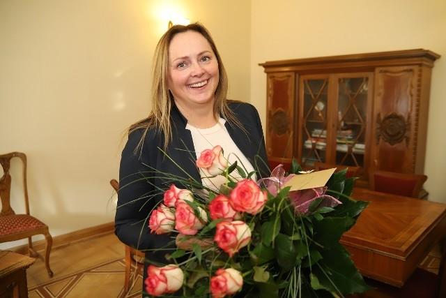 Joanna Skrzydlewska- wiceprezydent, ŁódźNominacja za:objęcie funkcji wiceprezydenta Łodzi odpowiedzialnego za sport i rewitalizację.