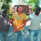 Radosław Majdan zapłaci za napaść na białostockich policjantów, Świerczewski dostał wyrok w zawieszeniu