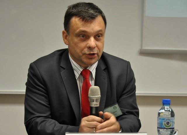 Prof. Mariusz Orion Jędrysek, główny geolog kraju ogłosił możliwość bezpłatnego korzystania z map podczas III Polskiego Kongresu Geologicznego we Wrocławiu