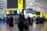 """Unia Europejska jest już bliska porozumienia w sprawie """"paszportów covidowych"""" z Wielką Brytanią"""