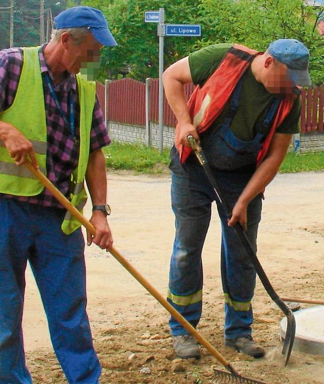 Pracownicy chrzanowskich wodociągów mogą oficjalnie podciągnąć rury do posesji. Cena zależy od liczby metrów