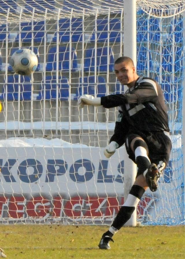Bramkarz GKP Sławomir Janicki nie miał w sobotę najlepszego dnia. Dwie stracone w końcówce bramki obciążają także jego konto.