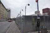 Plac przy Skargi w Katowicach ogrodzony. Dworzec autobusowy przestał działać z końcem roku. W jego miejscu stanie biurowiec