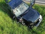 Szczuczyn. Wypadek na ul. Granicznej. Pijany kierowca mercedesa wjechał w traktor. Rolnik trafił do szpitala (zdjęcia)