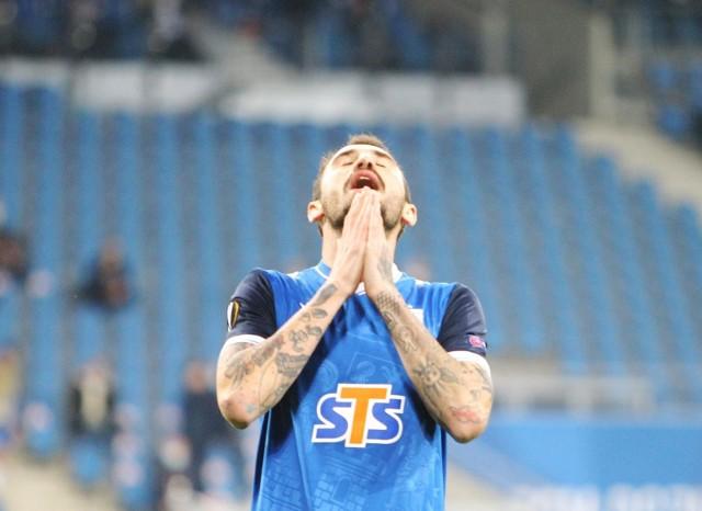Nika Kaczarawa w barwach Lecha Poznań rozegrał łącznie 14 spotkań, w których strzelił jednego gola (rzut karny z Piastem Gliwice) i zaliczył dwie asysty.
