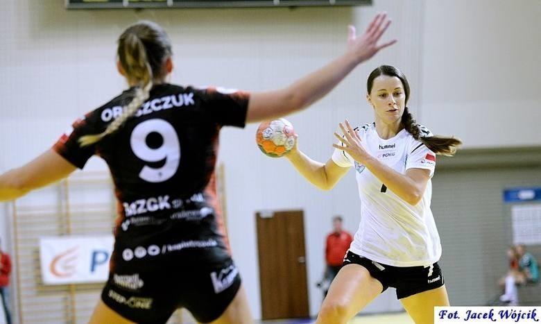 Rozgrywająca koszalińskiej drużyny, Anna Mączka, w...