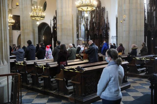 Co z kościołami na Wielkanoc? Dziemianowicz-Bąk: Kościoły w tym trudnym czasie, w obliczu obliczu trzeciej fali pandemii trzeba zamknąć
