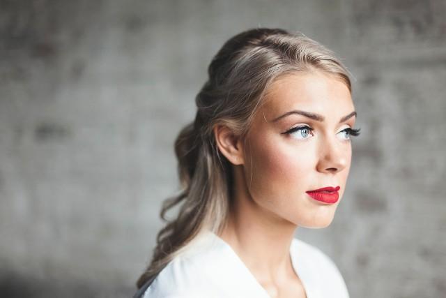 Zobacz inspiracje na makijaż ślubny 2021