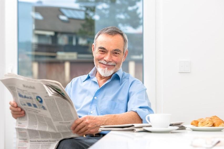 Powszechny wiek emerytalny wynosi w Polsce 60 lat dla kobiet...