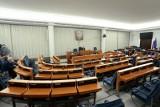 Senat przyjął uchwałę wzywającą Radę Ministrów do przyjęcia wynegocjowanego projektu budżetu Unii Europejskiej