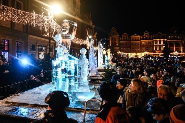 Rzeźby co roku podziwiają tłumy poznaniaków i turystów.