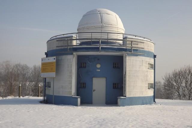 Astrobaza przy Zespole Szkół nr 1 w Golubiu-Dobrzyniu ma około 10 lat. Aktualnie znajduje się w złym stanie, nie nadaje się do użytku i potrzebuje kolejnego remontu