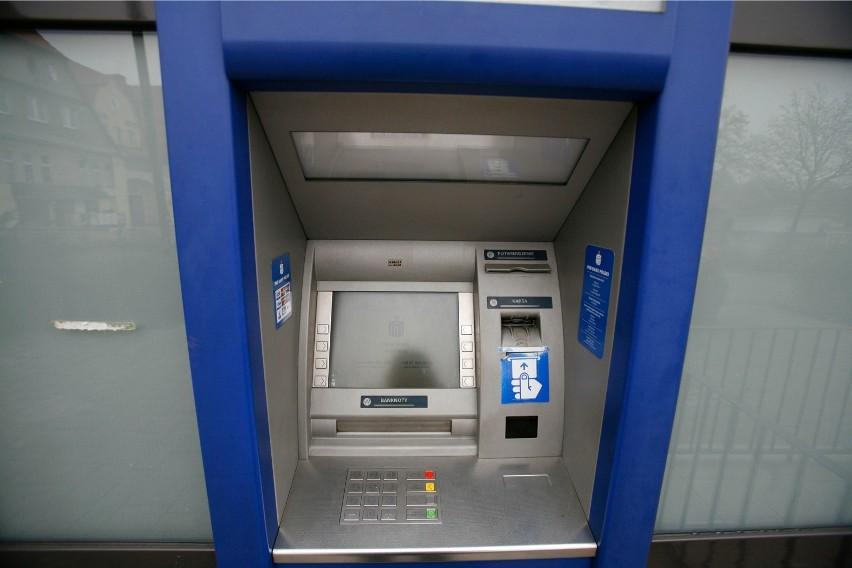 Pieniądze na koncie mogą zablokować takie instytucję jak:...