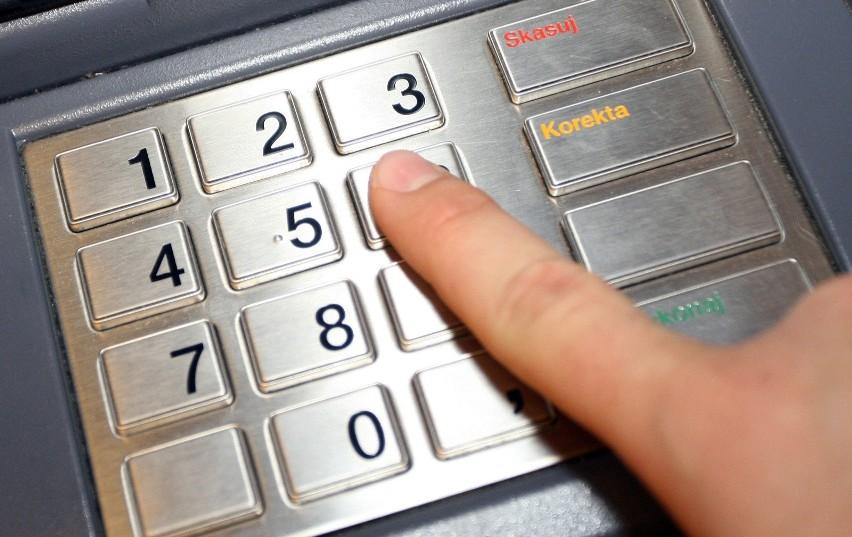 Prawo bankowe mówi o możliwości zablokowania pieniędzy na...