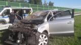 Śmiertelny wypadek na A1. W zderzeniu dwóch samochodów zginął mężczyzna. Sprawcy uciekli!