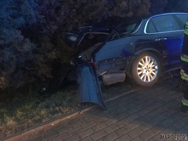 25-letni kierujący scanią najechał na tył jaguara, kierowanego przez 70-latka. Opolskie info 5.01.2018