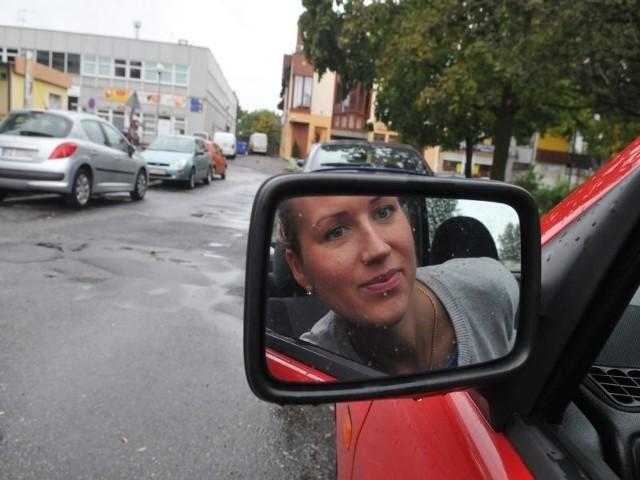 Katarzyna Kądzioła uważa, że jeśli mieszkańcy chcą, aby droga przy Wojska Polskiego stała się jednokierunkowa, to trzeba im pójść na rękę.