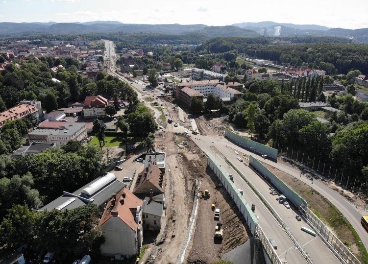 Oprócz obwodnicy Wałbrzycha, której budowa rozpoczęła się...