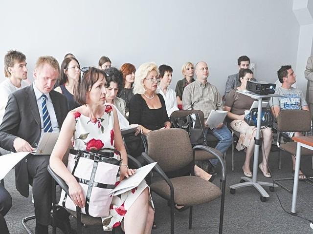 Small Business Club. Na spotkanie przyszło blisko 30 właścicieli małych firm. Spośród uczestników spotkania zawiązała się już pięcioosobowa grupa inicjatywna.