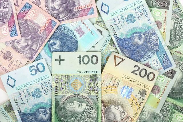 Optymistyczne w III kwartale banki ponownie zaczęły podchodzić ostrożniej do udzielania kredytów.