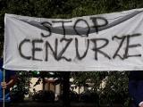 """Szczecin. Protest przeciwko """"cenzurze w internecie"""" [ZDJĘCIA, WIDEO]"""