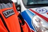 Tragedia w Ciscu. Motocyklista uderzył w bramę podczas wjazdu na posesję. Zmarł w szpitalu