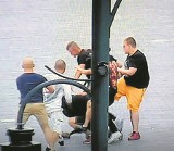 Bandyci rządzą  na ulicach w centrum miasta