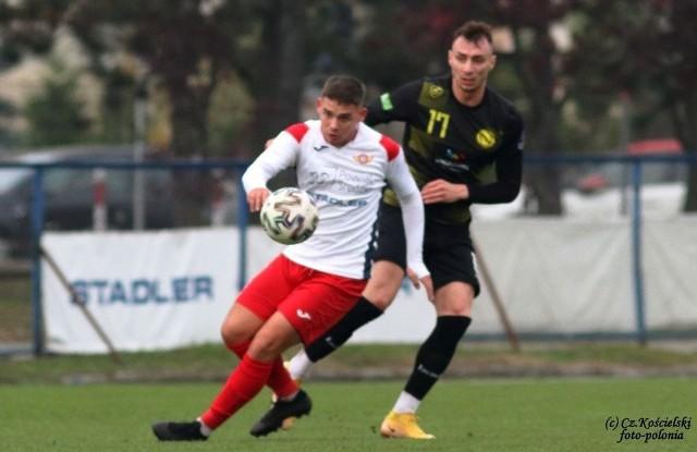 W ostatnim meczu Polonii z Nielbą w Środzie Wielkopolskiej, rozegranym w listopadzie ubiegłego roku, padł remis 1:1