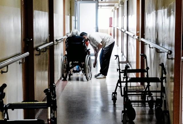 Pokrzywdzony w DPS-ie w Grudziądzu stracił wzrok- doszło do tak zwanej pourazowej ślepoty.