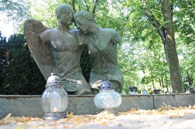 Pogrzeb Jana Kulczyka na Nowinie? Tam spoczywa ojciec biznesmena