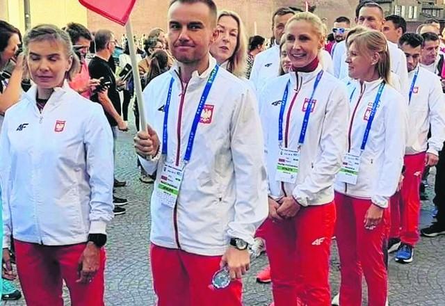 Zespół Polski. Uśmiechnięta Małgorzata Pazda - Pozorska.