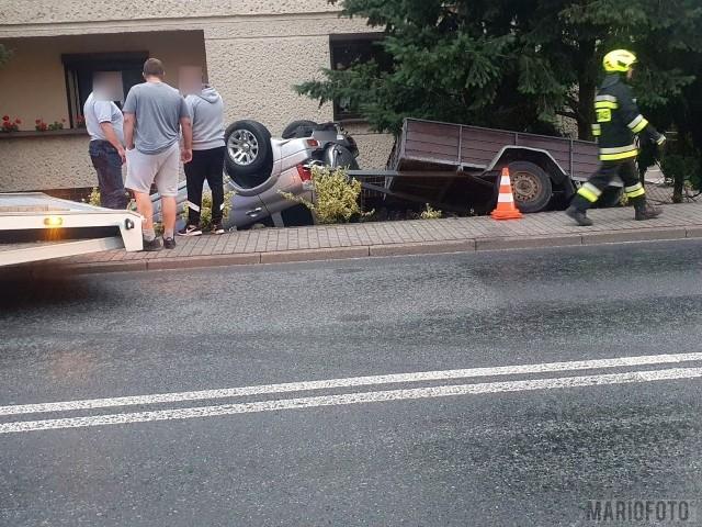 Do wypadku doszło w piątek około 20.20 na ulicy Namysłowskiej w Dobrzeniu Wielkim