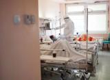 Dla personelu covidowego szpitala im. Strusia w Poznaniu sukcesem jest każde wypisanie pacjenta do domu