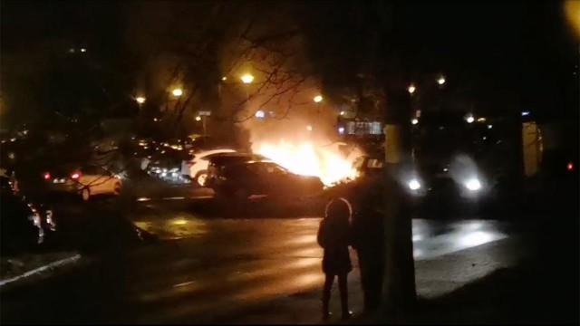 Na razie nie wiadomo, co było przyczyną pożaru auta