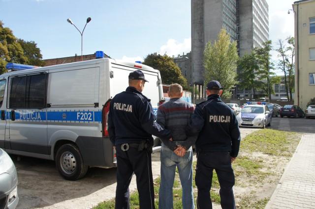 Dorośli sprawcy pobicia zostali tymczasowo aresztowani
