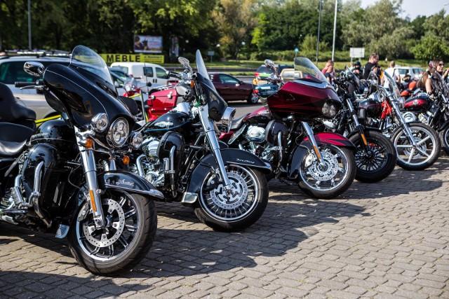 Motocykl musi przede wszystkim spełniać nasze oczekiwania pod względem sposobu użytkowania. Jednym z najważniejszych etapów procesu kupna jest jazda próbna. Po wyborze upragnionego modelu i jego konfiguracji, każdy kierowca powinien osobiście przetestować maszynę w ruchu ulicznym.