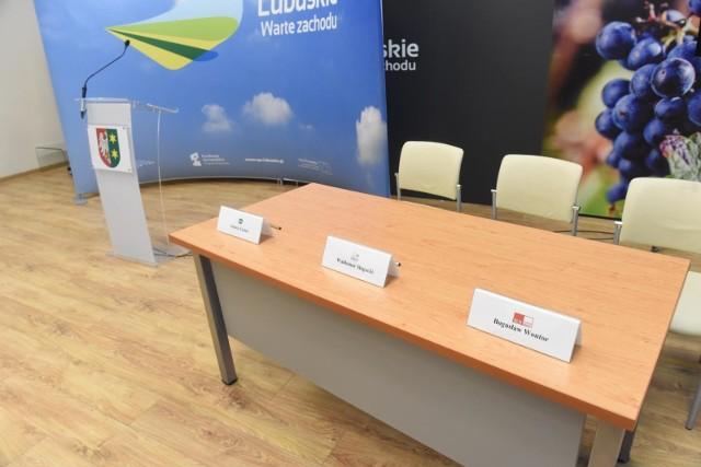 Zarząd Województwa Lubuskiego podał konkretne informacje dotyczące pomocy przedsiębiorcom.