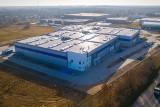 Hala przemysłowa na radomskich Wośnikach jest już prawie ukończona. Czeka na inwestora