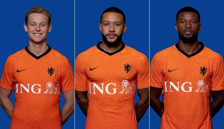 Od lewej: Frenkie de Jong, Memphis Depay i Georginio...