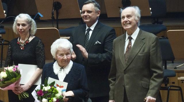 Radni przyjęli propozycję nadania Państwu Cwojdzińskim tytułu Honorowego Obywatela Koszalina