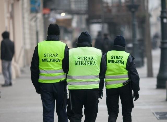 Likwidacja straży miejskiej w Łomży. Eksperci: strażnicy miejscy są potrzebni
