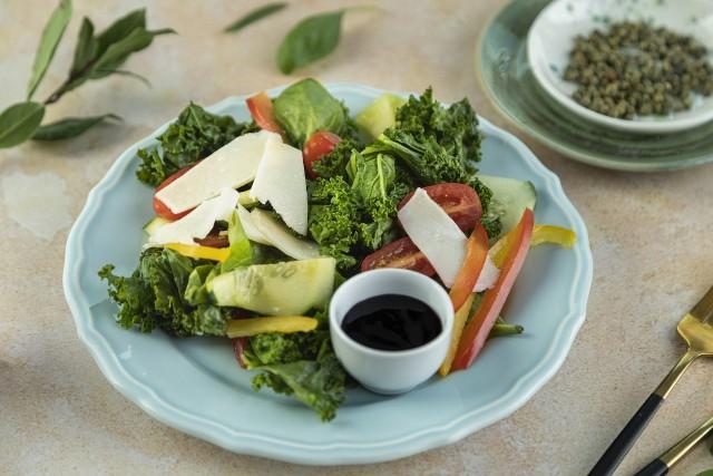Warzywa w wakacyjnych posiłkach mogą stanowić nawet 80 proc. zawartości naszego talerza.