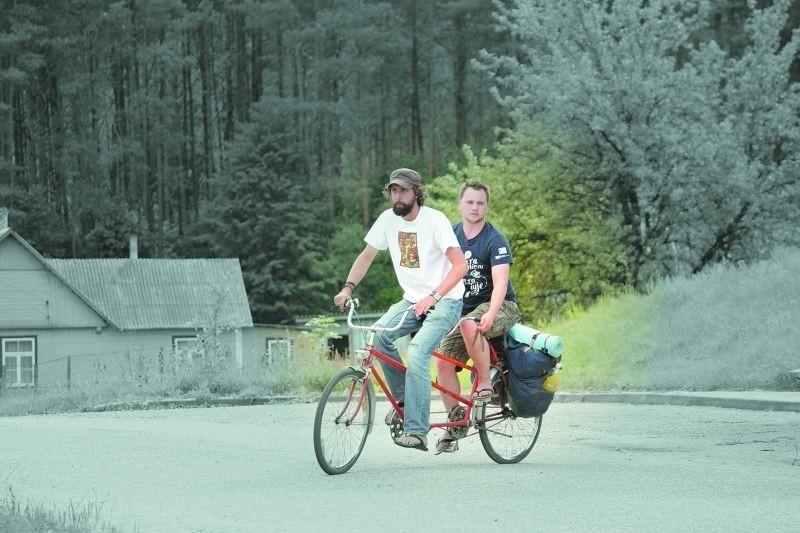 Radek i Paszka rowerem przemierzyli wiele kilometrów po polsko-białoruskim pograniczu. Kogo spotkali po drodze i co im się przydarzyło, zobaczymy 26 stycznia.