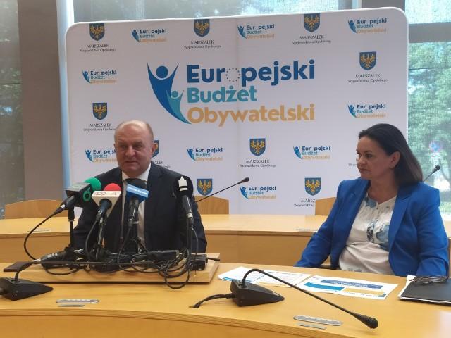 Projekt skierowany jest do pełnoletnich mieszkańców województwa opolskiego, którzy mogą ubiegać się o maksymalnie 3 tys. zł dofinansowania do szkolenia.